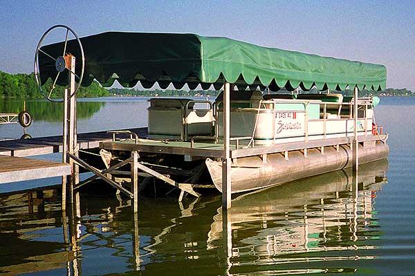 Pontoon Boat: Pontoon Boat Lifts